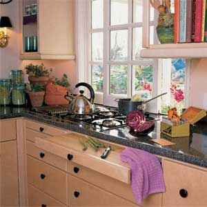 kitchen counters 01 Natural Remedies for Sanitizing Your Kitchen Surfaces